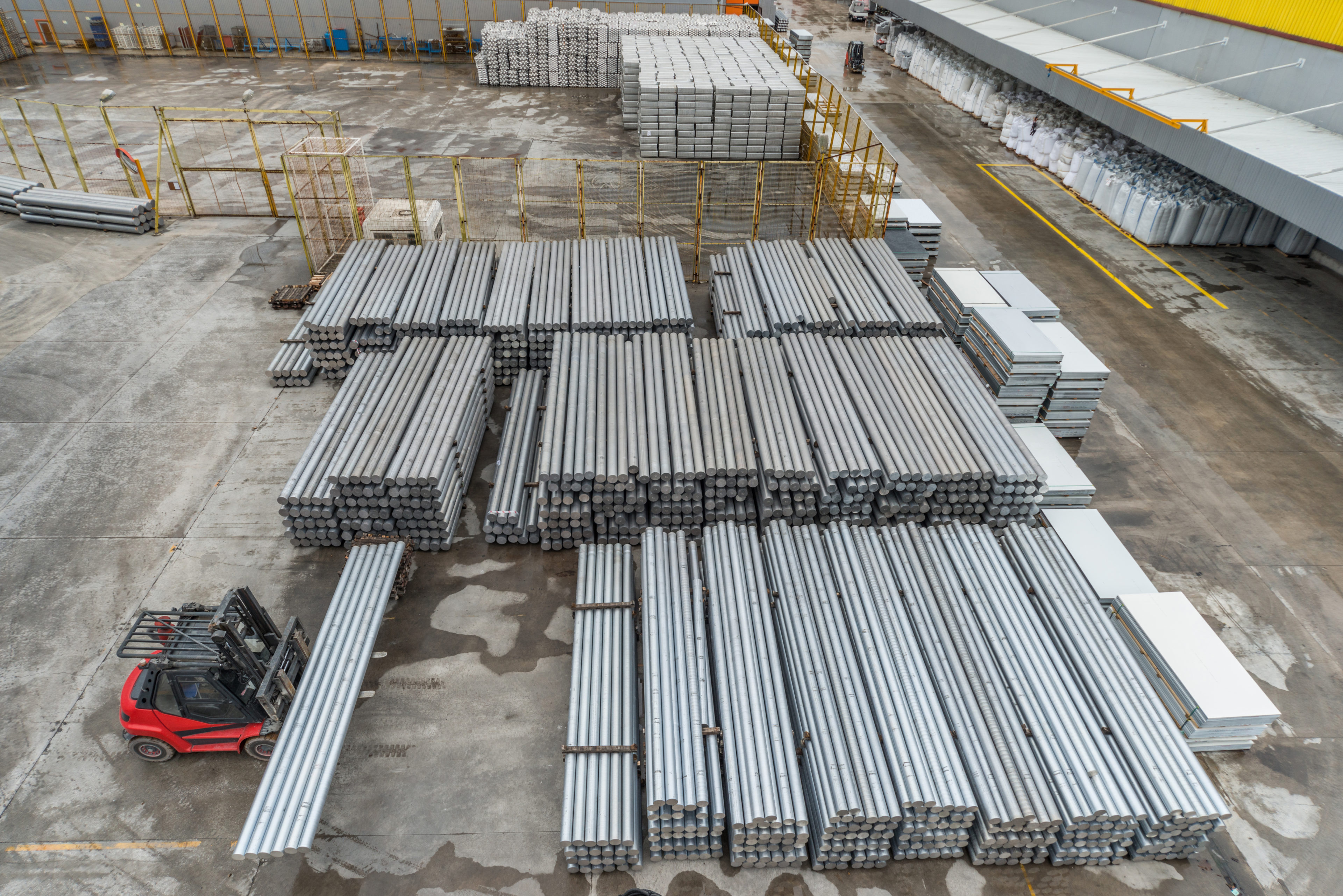Large group of aluminum cylinders